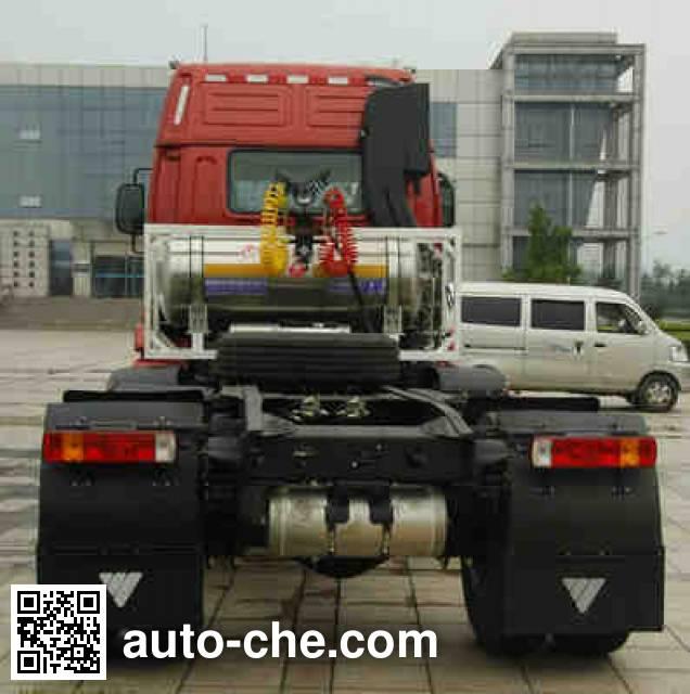 Foton Auman BJ4253SNFCB-AB tractor unit