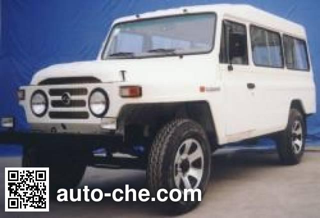 Автомобиль BAIC BAW BJ6460HF1