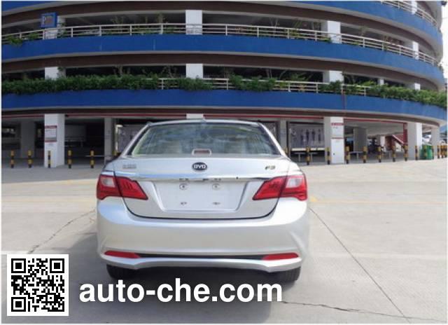 BYD BYD7157A5M car