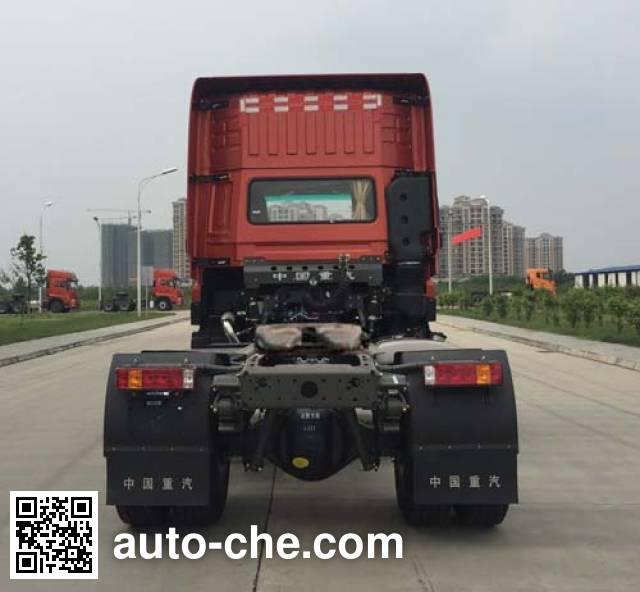 Sinotruk CDW Wangpai CDW4180A1T5W dangerous goods transport tractor unit