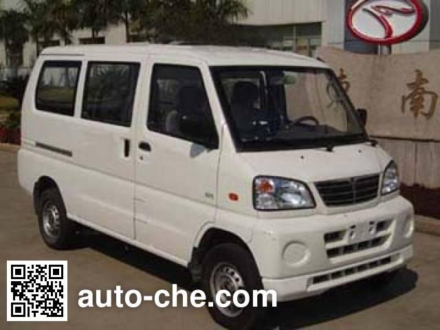 Универсальный автомобиль Dongnan DN6403E3