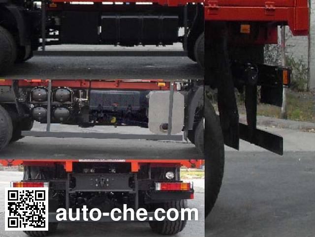 Dongfeng EQ2251AX desert off-road truck
