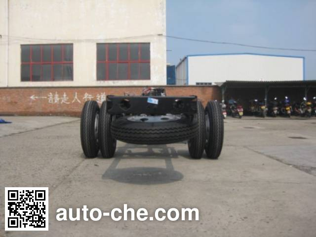 Dongfeng EQ6770TG4AC bus chassis