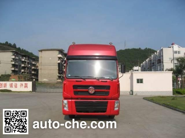 Fujian (New Longma) FJ4250MB tractor unit