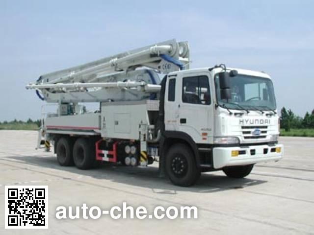JAC HFC5250THB concrete pump truck