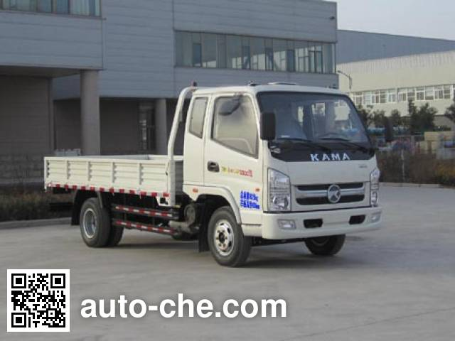 Kama KMC2042A33P4 off-road truck