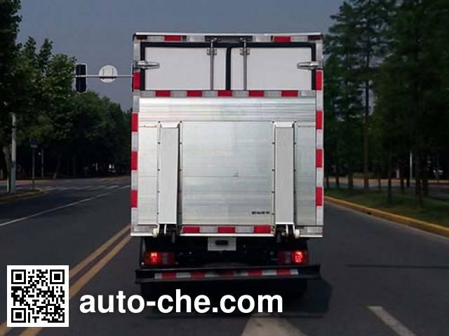 Kama KMC2042XXYA33D5 cross-country box van truck