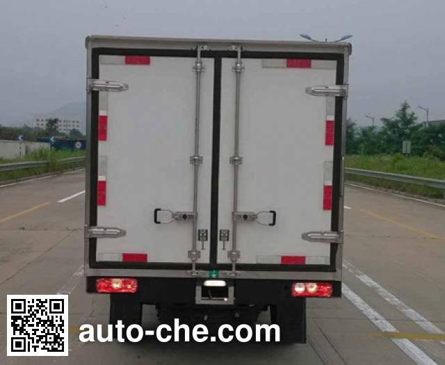 Yuejin NJ5022XLCPBGBNZ1 refrigerated truck