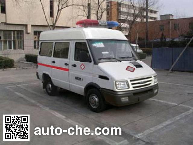 依维柯牌NJ5045XJHQA救护车
