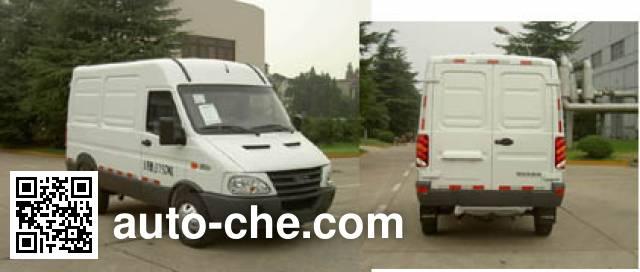 Iveco NJ5045XXYQ5D box van truck