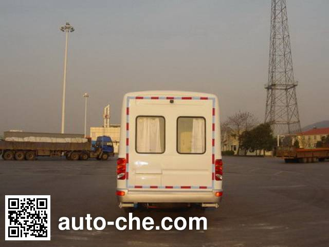 Yaning NW5057XYL medical vehicle