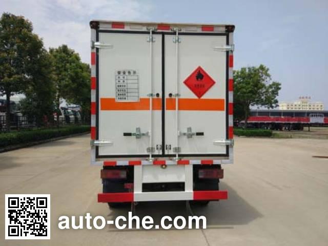 华威驰乐牌SGZ5038XRYBJ4易燃液体厢式运输车