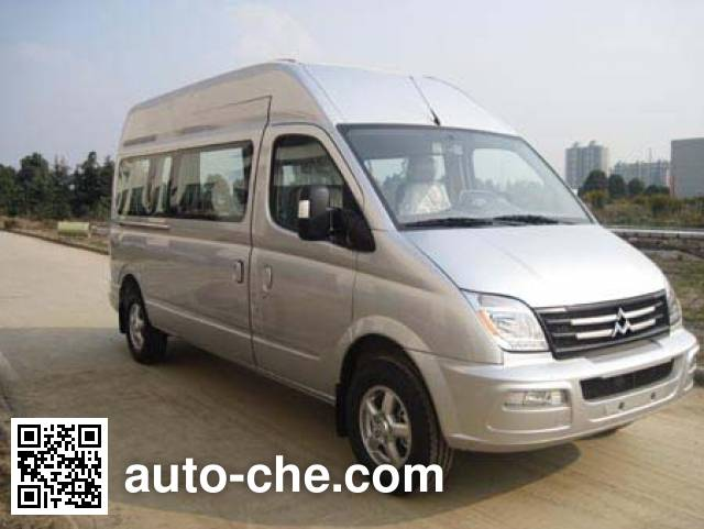 SAIC Datong Maxus SH5041XSCA2D5 disabled persons transport vehicle