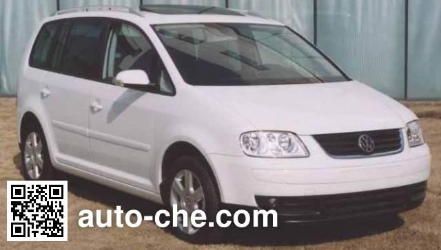Универсальный автомобиль Volkswagen Touran SVW6440HBi