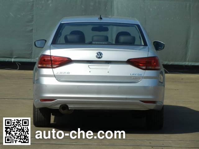 Volkswagen SVW71217AN car