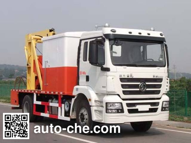 Shacman SX5160TCY well servicing rig (workover unit) truck