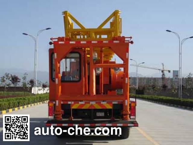 Shacman SX5256TXJ well-workover rig truck