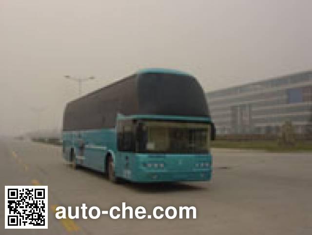 Shacman SX6127W1 sleeper bus