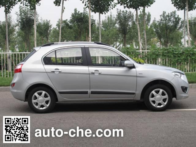 FAW Xiali легковой автомобиль TJ7103E4