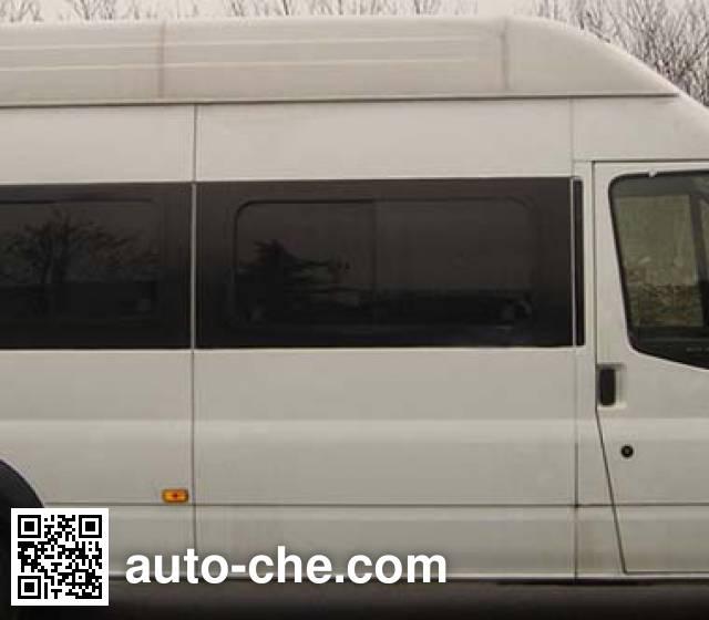 Yutong YTZ5040TLJK0F road testing vehicle