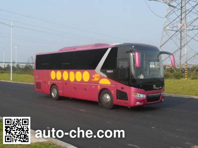 Dongyue ZTQ5150XYLAE105 medical vehicle