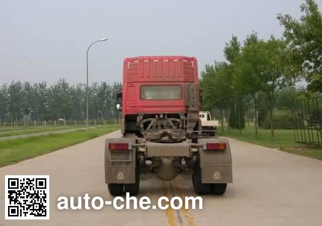 Sida Steyr ZZ4183N361GE1B tractor unit