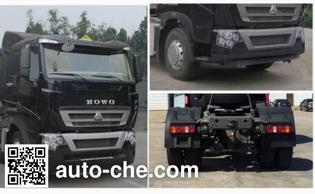 Sinotruk Howo ZZ4257W25CHE1W dangerous goods transport tractor unit