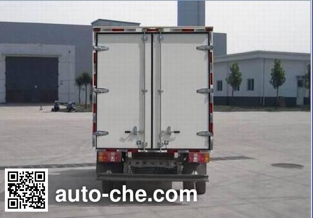 Sinotruk Howo ZZ5047XXYD3413D5Y45 box van truck