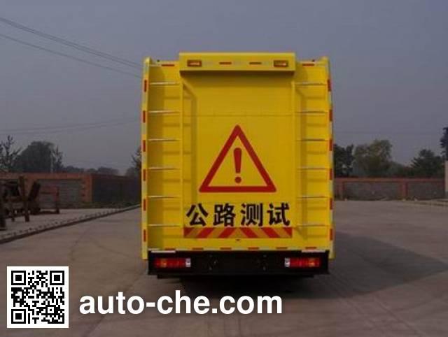 Sinotruk Howo ZZ5157XLHN4618C sideway force coefficient routine investigation machine (SCRIM)