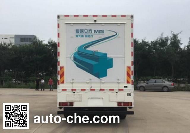 汕德卡牌ZZ5266XYLN524GE1医疗车