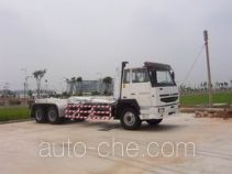 Hydraulic hooklift hoist truck