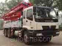 Foton Auman BJ5290THB concrete pump truck