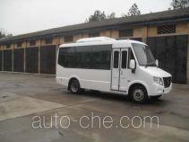 齐鲁牌BWC6581KH型客车