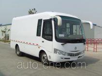 CIMC Lingyu CLY5040XXYA box van truck