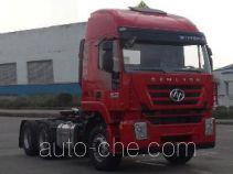SAIC Hongyan CQ4255HXDG334U dangerous goods transport tractor unit