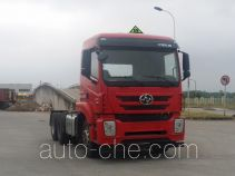 SAIC Hongyan CQ4256ZTVG334U dangerous goods transport tractor unit