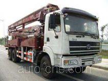 SAIC Hongyan CQ5254THBTMG494 concrete placing boom truck