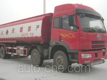 Wanrong CWR5311GYYP21L2C oil tank truck