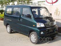Dongnan DN5028XXYL box van truck