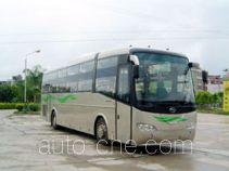 五洲龙牌FDG6121EW型卧铺客车