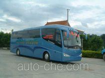 五洲龙牌FDG6123K型旅游客车