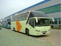 五洲龙牌FDG6126C3型旅游客车
