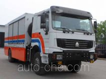 Fengchao HDF5160XZB equipment transport vehicle