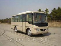 合客牌HK6758K型客车