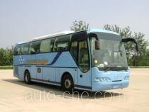 Qingnian JNP6105M-1 luxury tourist coach bus