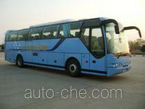 Qingnian JNP6115M-1 luxury tourist coach bus