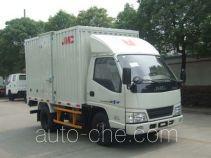 江铃牌JX5044XXYXA2型厢式运输车