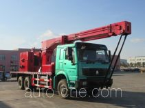 Well servicing rig (workover unit) truck