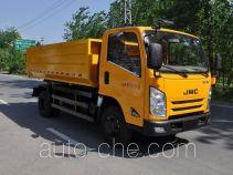 Sludge dump truck