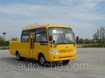 金龙牌KLQ5071XGC型电力工程车